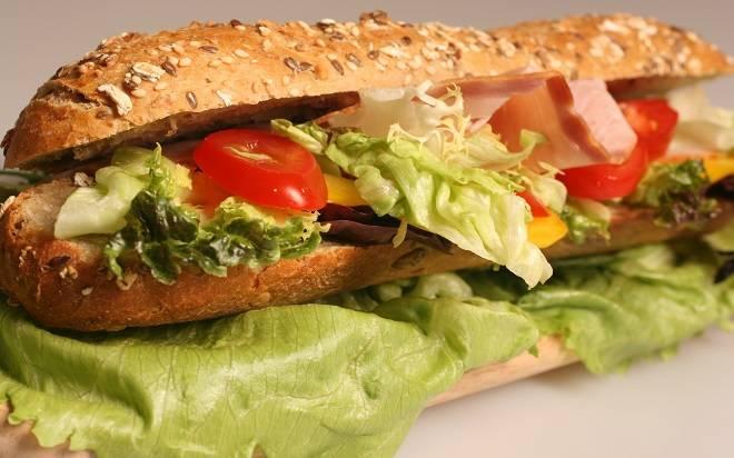 sandwich calories