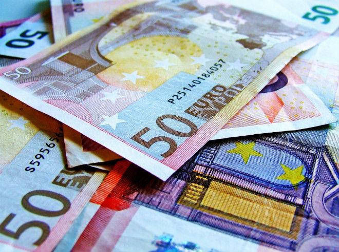 euros prime activite