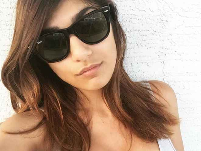 mia khalifa top 10 actrices porno