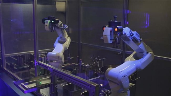 Toya et Kona robots cuisiniers