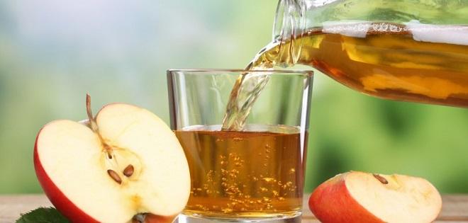 gastro boire jus pomme