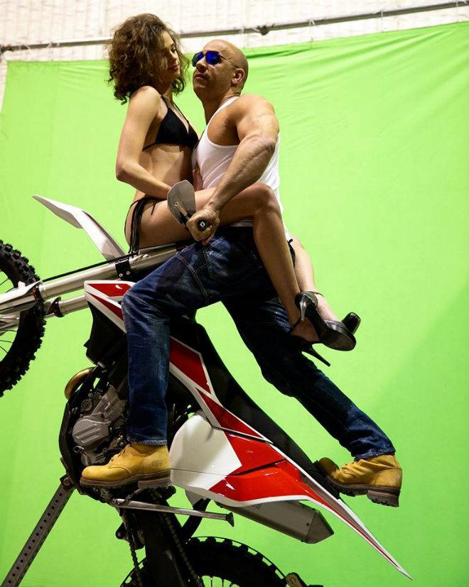 xxx tournage moto