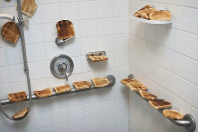douche-toast